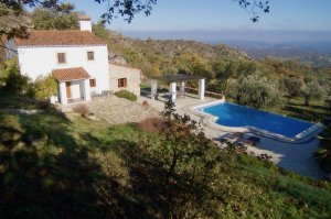 Beautiful estate with stunning views, located in the hill of Marvão.